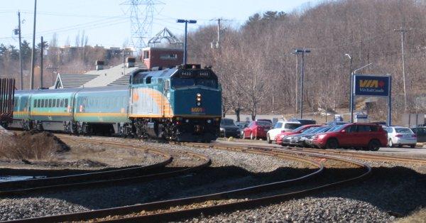 Reprise partielle du transport entre Québec, Montréal et Ottawa chez Via-Rail
